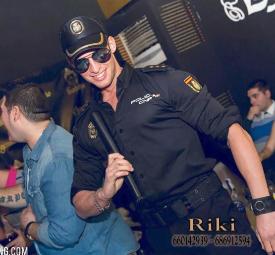 Striper boys en Madrid, Shows económicos para Despedida de Soltera Madrid, Strippers boy en Madrid, hen party Bachelorette party Madrid